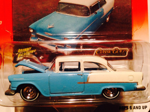 johnny lightning chevy 2 door sedan 1955 cerrado en blister