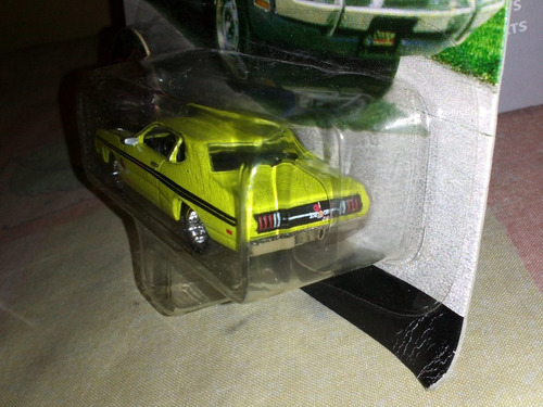 johnny  lightning  dogde  valiant  mopar escala 1.64