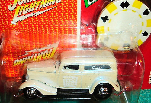 johnny lightning poker 1933 ford delivery (lacrado)