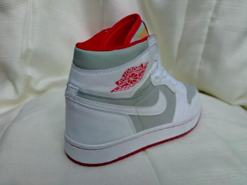 best sneakers 62879 45c79 Jordan Retro 1 Hare