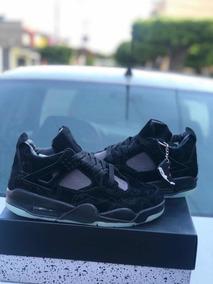 quality design 35897 ee617 Jordan Retro 4 Kaws Black + (envió Gratis)