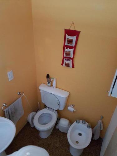 jose hernandez 4700 casa 3 amb ideal para ampliar prox. a estacion - apto credito