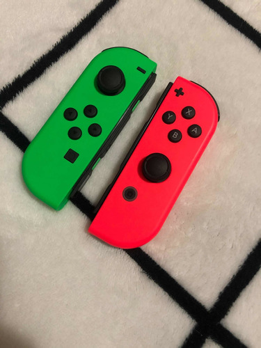 joy cons nintendo switch verde y rojo