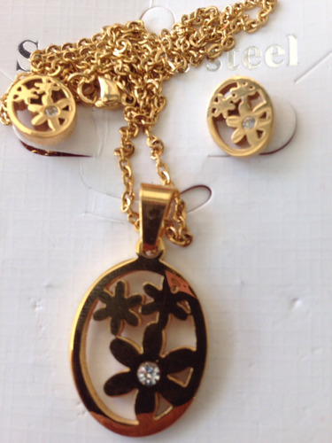 joyas de acero dorado tres piezas