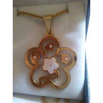 Collar Turbillón Acero Dorado, Flor Con Circón Y Nacar