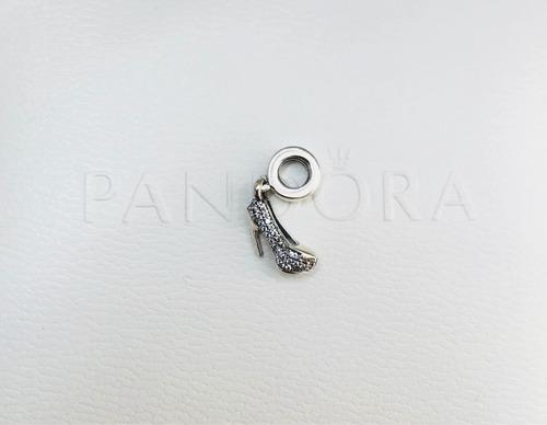 charm zapatilla pandora