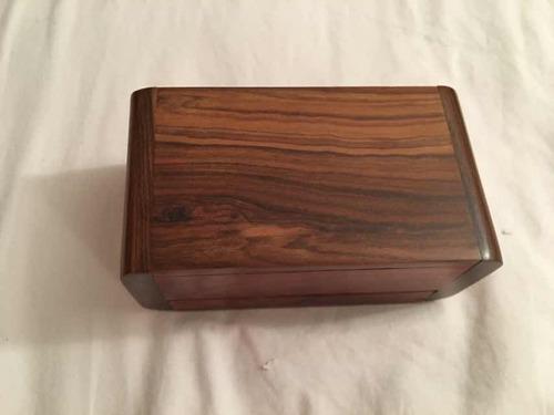 joyero de madera de tintorero.