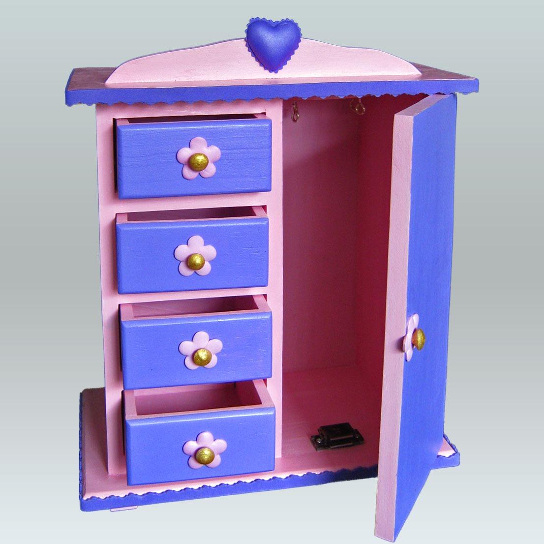 joyero en forma de armario para el cuarto de las nias