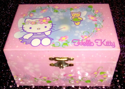 joyero hello kitty sanario 17 x 8,2 cm.