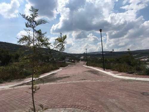 jpj/ terreno comercial en ciudad maderas montaña