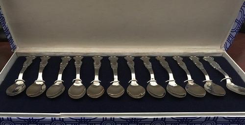juego 12 cucharitas antiguas