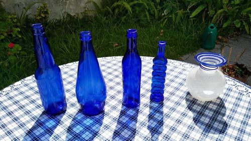 juego botellas vidrio, florero cristal y bandeja antigüa
