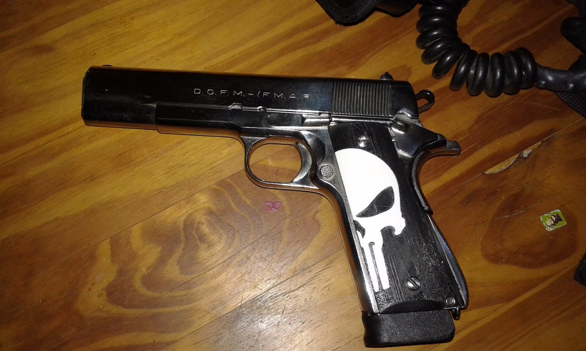 Cachas Rameadas Pistolas De Narcos Wwwmiifotoscom