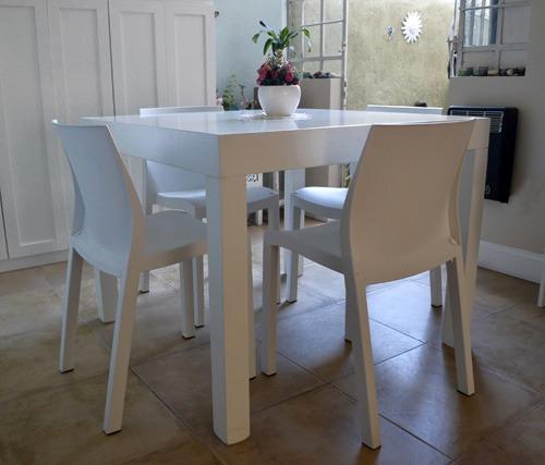 juego comedor madera mesa laqueada cuadrada con sillas