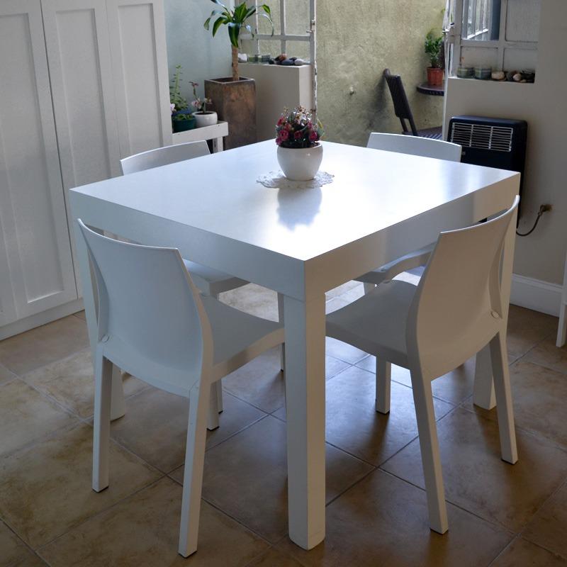Mesa de comedor laqueada for Mesas cuadradas para comedor