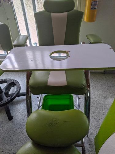 juego completo de manicure y silla auxiliar
