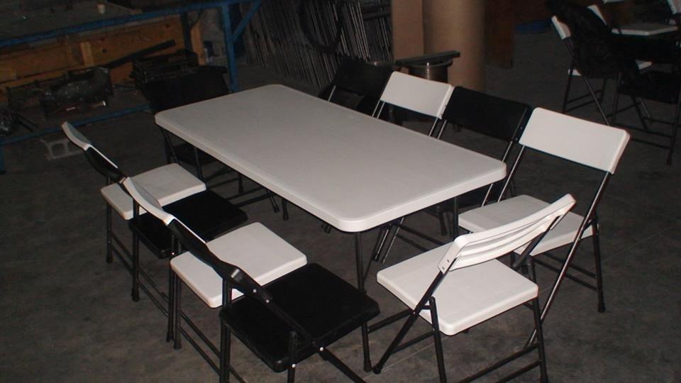 Juego de 1 mesa y 8 sillas 3 en mercado libre for Mercado libre mesas y sillas