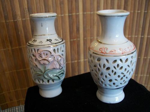 juego de 2 floreritos de porcelana calados