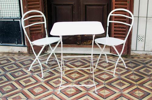 juego de 2 sillas y mesa quilmes antiguo color a elección