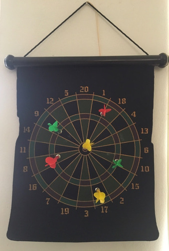 juego de 6 dardos magnéticos con diana doble cara 45x40cm