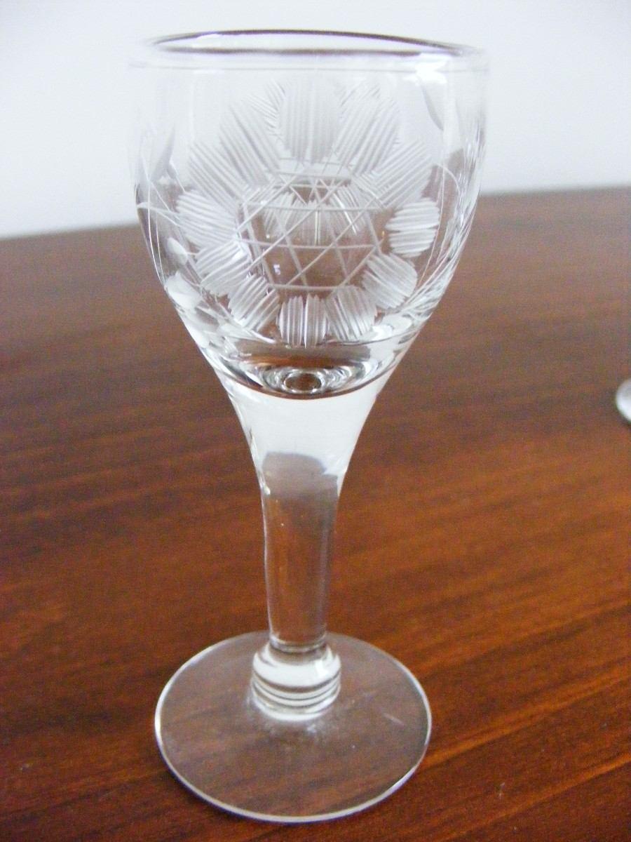 Juego de 6 de finas copas de cristal peque as talladas for Copas de cristal