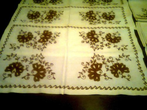 juego de 6 individuales de mesa bordados con servilletas