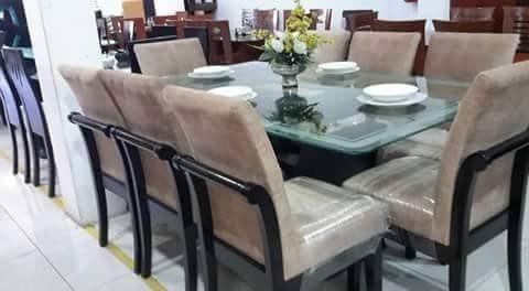 Juego de 8 sillas tapizados en acabado parafinico a 2000 for Fabricantes sillas peru