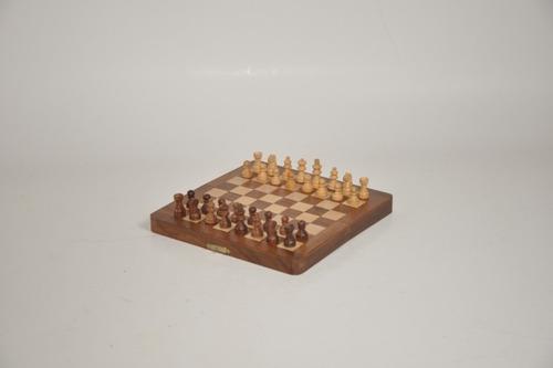 juego de ajedrez premium tablero caja madera 20x20