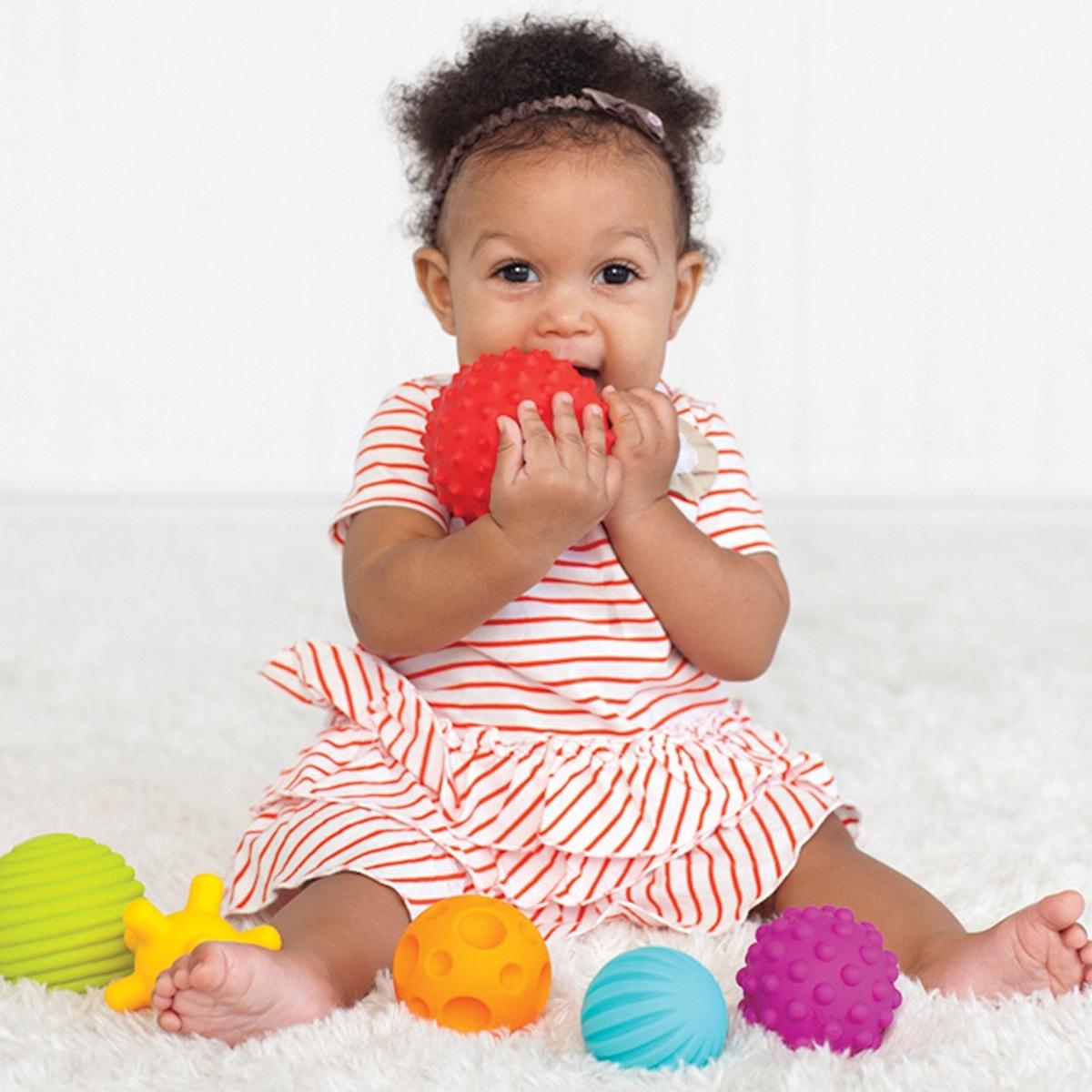 Infantino - Juego de bolas con textura 0B77V8Xh2