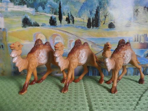 juego de camellos para nacimiento