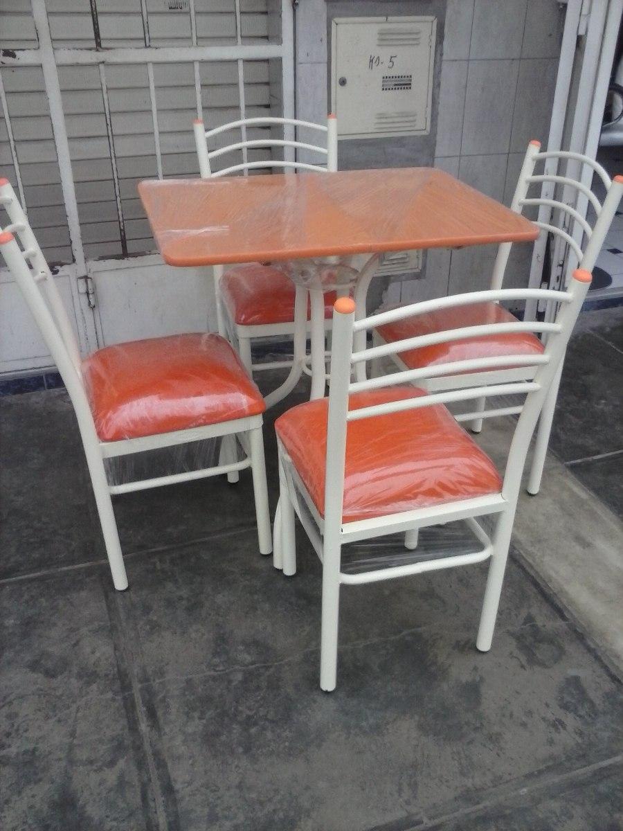 juego de comedor con sus sillas con tapiz a solo soles