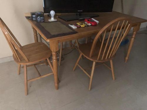 juego de comedor en madera  para 4 personas