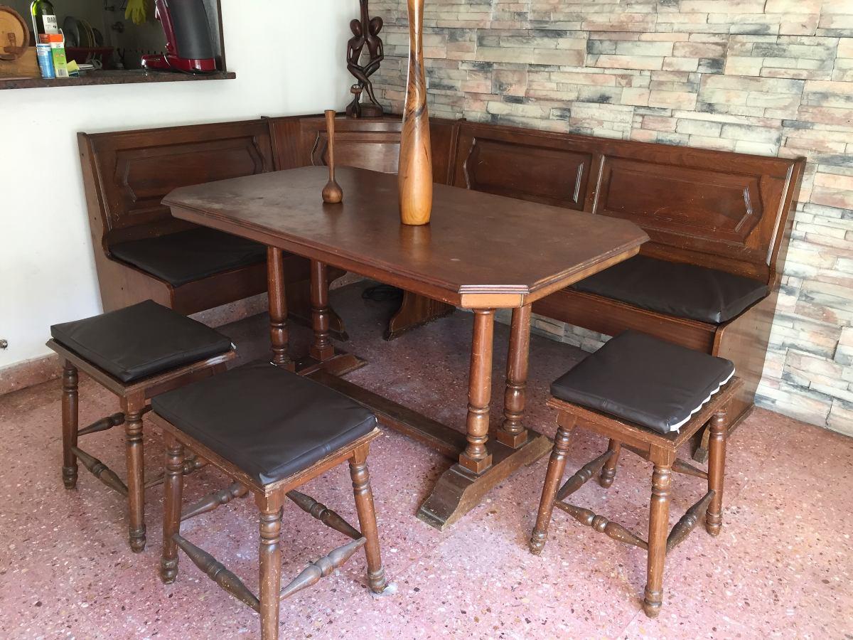 Juego De Comedor Esquinero Con Tres Banquetas Y Mesa . - $ 10.000,00 ...