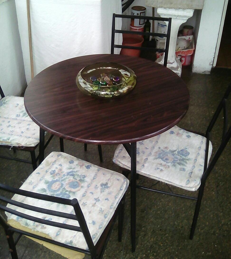 Juego De Comedor Metalico - Bs. 40.000,00 en Mercado Libre