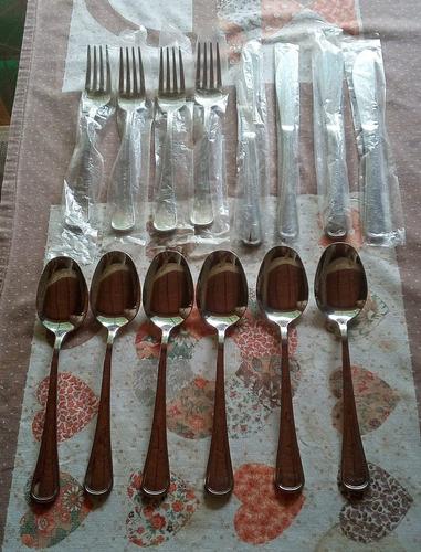 juego de cubiertos y cucharillas italianas marca salvinelli