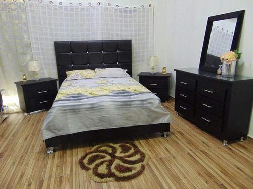 juego de habitacion tapizado y capitoneado en negro vinil