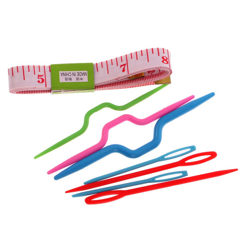 juego de herramientas y agujas para tejer con estuche