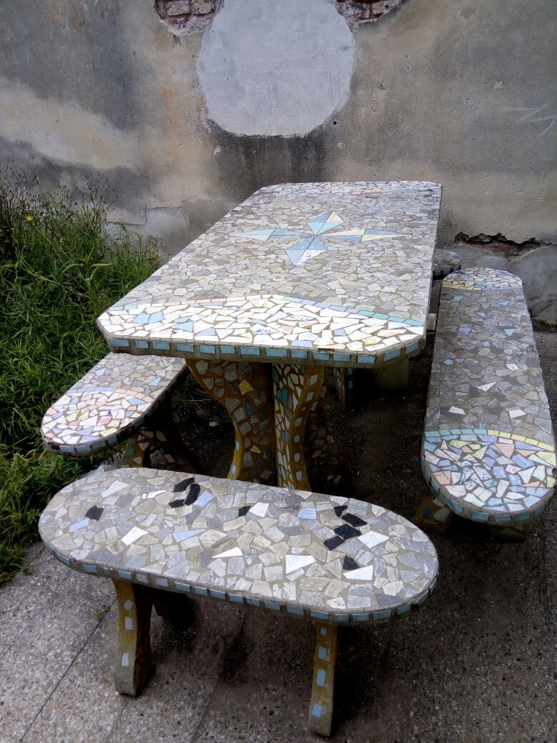 Juego De Jardin - Cemento Y Azulejos - $ 4.200,00 en Mercado Libre