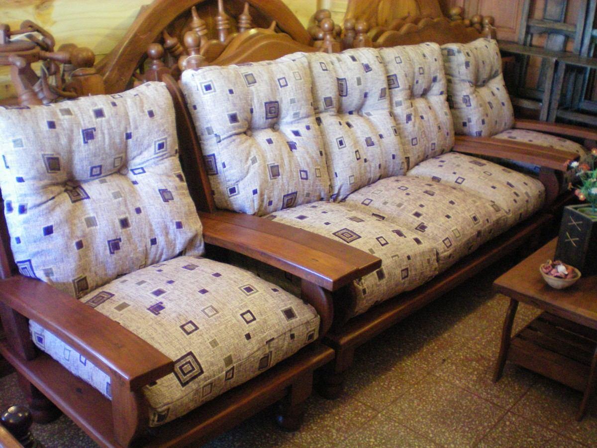 D Living De juego de living de algarrobo de tres cuerpos con almohadones