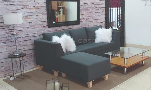 juego de living sofa de 240 mas puff