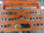 juego de machuelos y tarrajas truper modelo jmata40