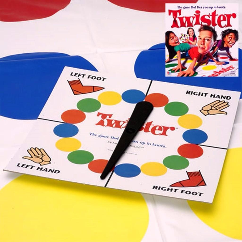 Juego De Mesa Twister El Juego Que Te Retuerce Hasbro 699 00 En