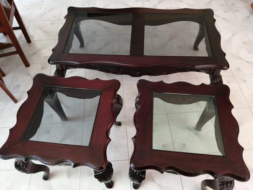 juego de mesas de cedro talladas