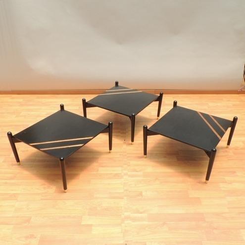 juego de mesas laterales estilo danés original vintage