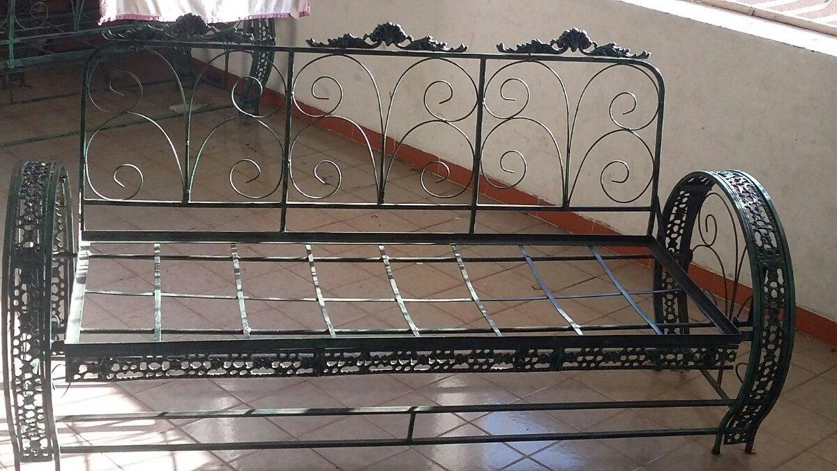 Juego de muebles de hierro forjado de jard n bs en mercado libre for Juegos de jardin de hierro