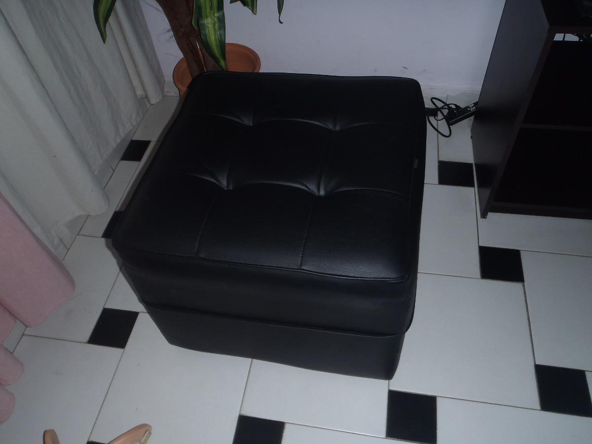 Juego De Muebles Negros Semi Cuero - Bs. 160,00 en Mercado Libre