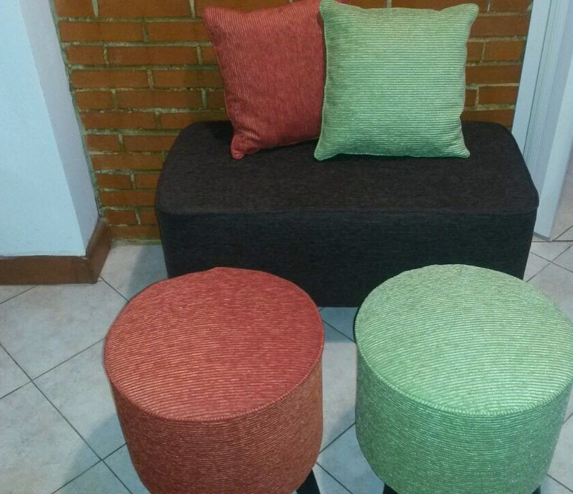Juego De Muebles (puff) Tipo Lounge A 90 Cms. - Bs. 1.270.000,00 en ...