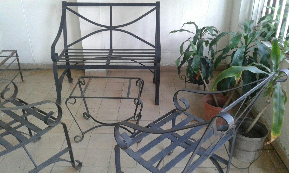 Juego de sillas y mesa de hierro forjado para jardin bs for Muebles de jardin de hierro forjado