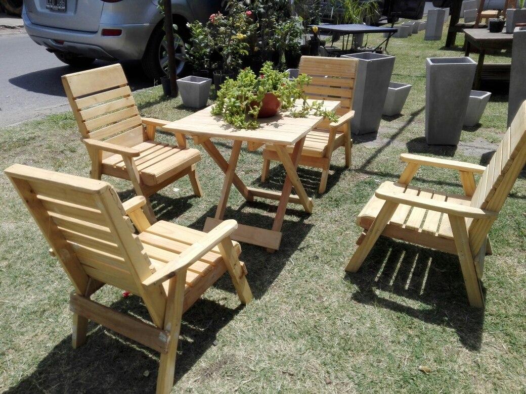 Juego de sillones para ni os hechos con palets reciclados for Juego de sillones usados