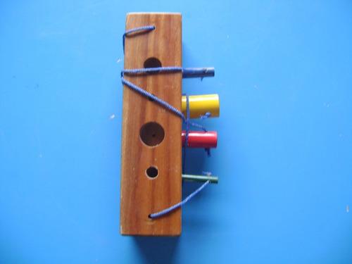 juego didáctico banco de madera con cilindros nuevo